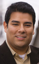 Picture of Ricardo Lara
